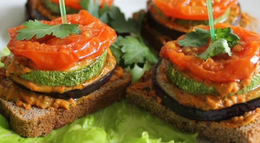 Рецепт Бутерброды с овощами для завтрака