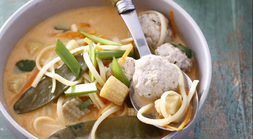 Рецепт Тайский кокосовый суп с фрикадельками