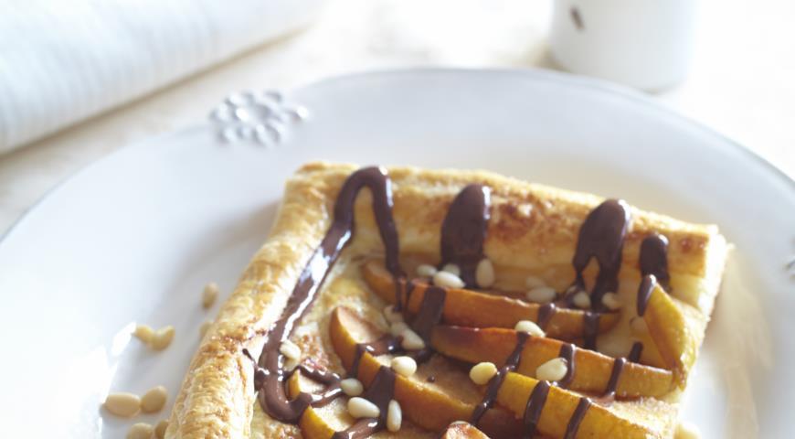 Рецепт Пирог с айвой и шоколадом