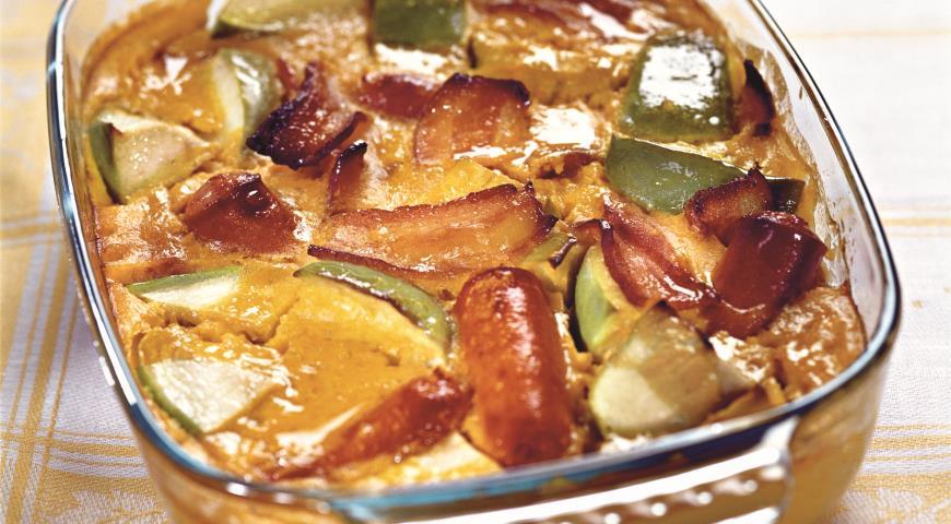 Рецепт Запеканка с сосисками и яблоками