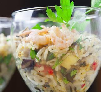 Рецепт Салат из риса с овощами и креветками