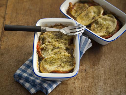 Рецепт Баклажаны с помидорами и моцареллой