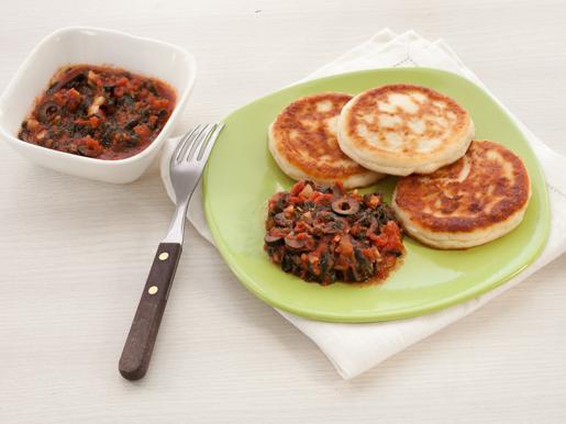 Рецепт Несладкие сырники с соусом