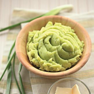Рецепт Картофельное пюре с печеным чесноком и зеленью