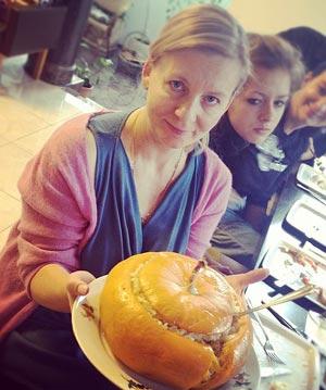 Мама Юлии – модельер Виктория Андреянова