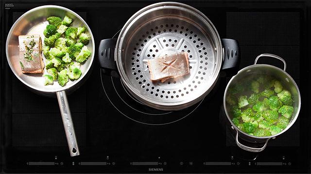 Рецепт Паровая семга под соусом из каперсов с брокколи