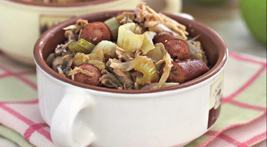 Рецепт Быстрое рагу из курицы с колбасками