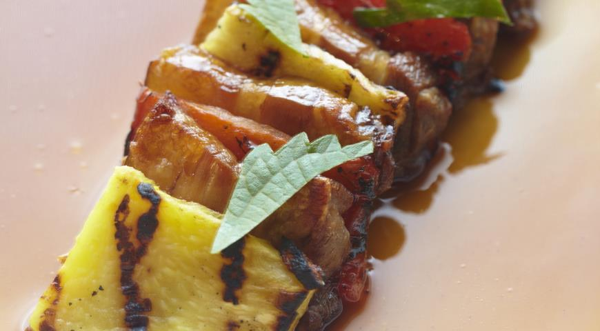 Рецепт Свиная брюшина с ананасовой приправой
