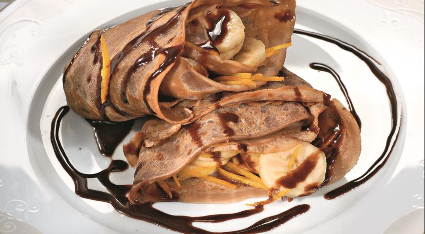 Рецепт Блинчики с бананами в шоколадном соусе