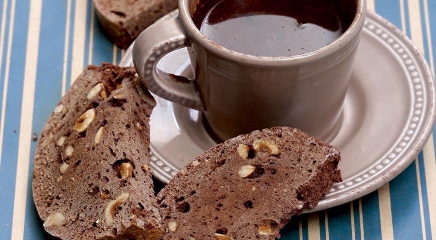 Рецепт Шоколадные бискотти с фундуком