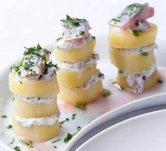 Рецепт Сельдь в красном вине с картофелем