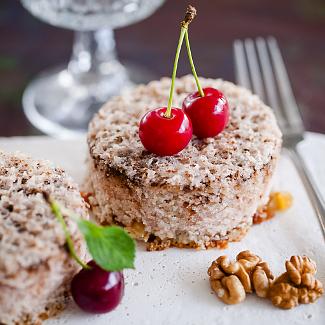 Рецепт Манник с изюмом и орехами в мультиварке