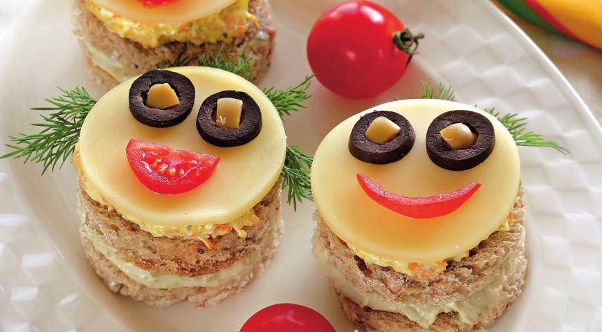 Рецепт Бутерброды-рожицы