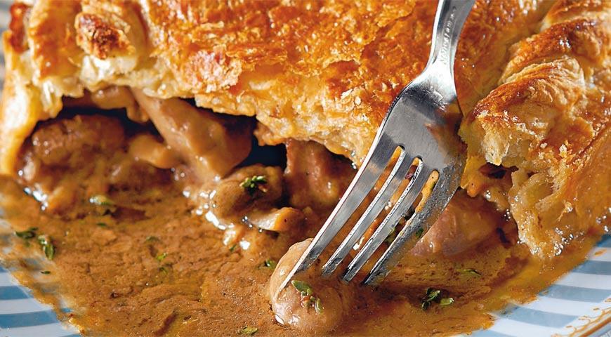 Рецепт Пирог с мясом, почками и грибами