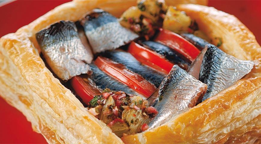 Рецепт Пирог с сардинами и лимонной чермулой