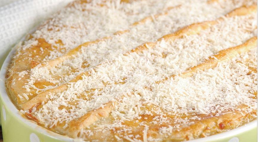 Рецепт Рыбный пирог под шапкой из сырного теста