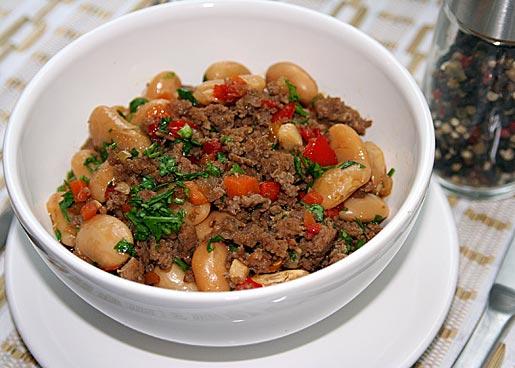 Рецепт Белая фасоль в мясном соусе