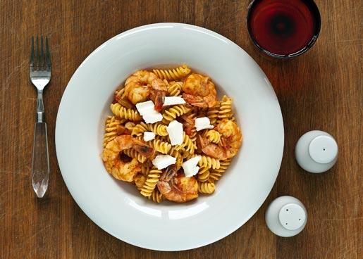 Рецепт Паста с креветками в томатном соусе