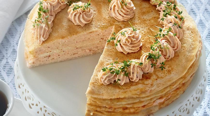Рецепт Блинный пирог с рыбным муссом