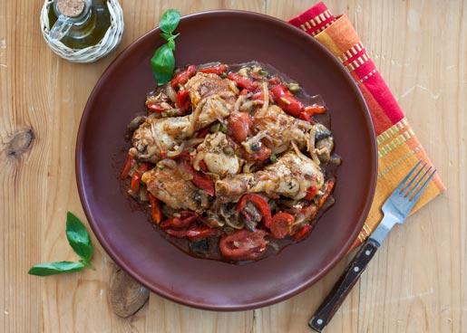 Рецепт Курица, тушеная с грибами и овощами