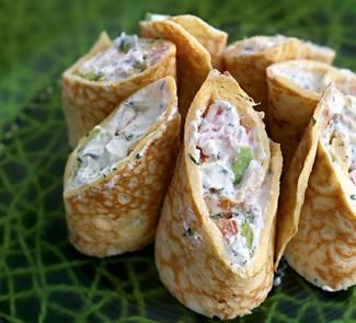 Рецепт Роллы из омлета с сыром и овощами