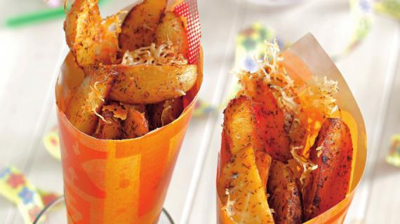 Рыбные медальоны под ореховым крамблем на хрустящей картофельной подушке, пошаговый рецепт с фото