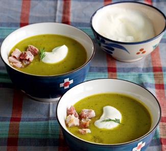 Крем-суп из зеленого горошка и салата Айсберг - пошаговый)