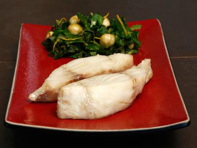 Рецепт Конфи из черной трески с салатом из петрушки