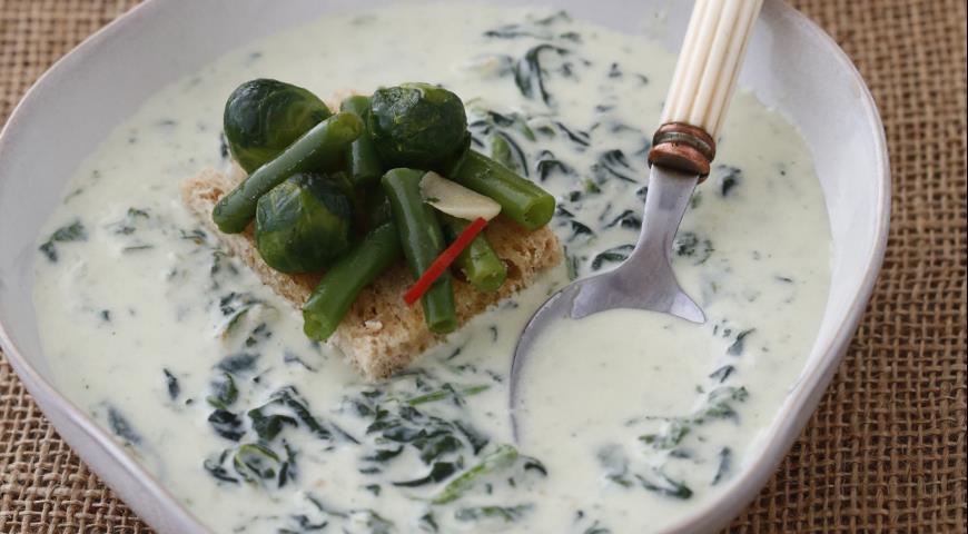 Рецепт Суп со шпинатом и зелеными овощами
