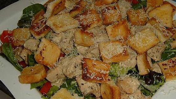 Простой салат Цезарь с курицей, пошаговый рецепт с фото