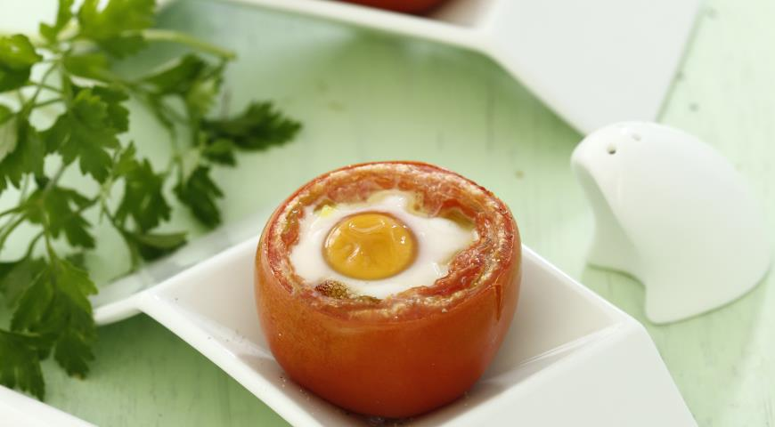 Рецепт Запеченные помидоры с яйцом и песто