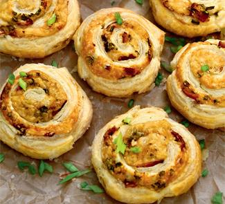 Рецепт Закусочные булочки с сыром и беконом