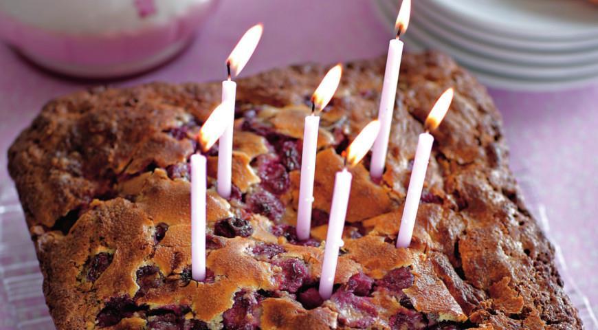 Рецепт Вишневый пирог с шоколадом