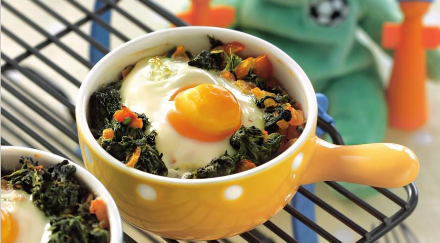 Рецепт Яйца, запеченные со шпинатом и помидорами