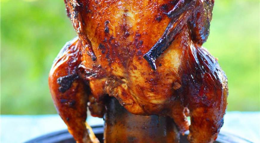 Рецепт Курица на пивной бутылке