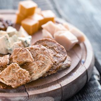 Рецепт Крекеры для пасхальной сырной тарелки