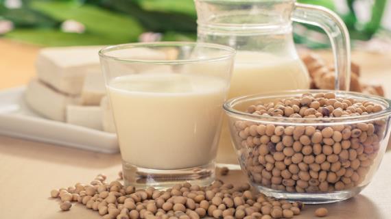 Чем заменить молочные продукты: советы и рекомендации ведущих специалистов
