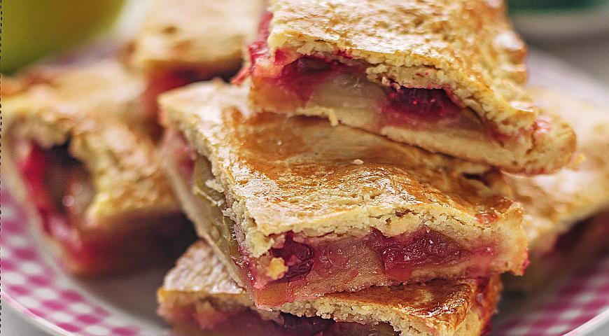 Рецепт Яблочный пирог с клюквой
