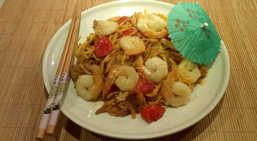 Рецепт Китайская лапша с креветками и свининой
