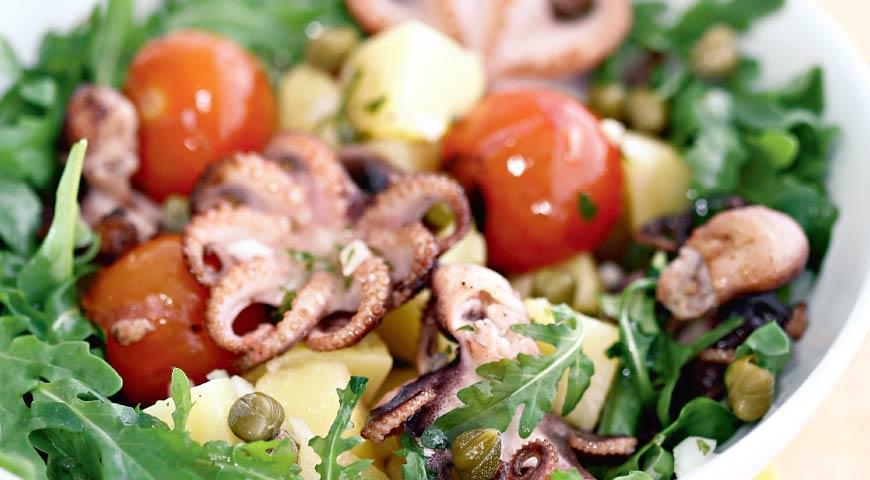Рецепт Cалат из осьминогов с картофелем