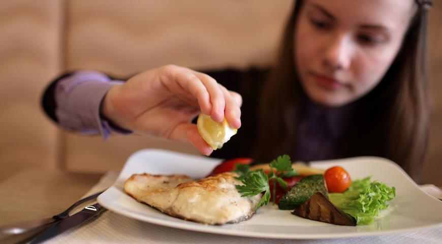 какую рыбу можно есть при высоком холестерине