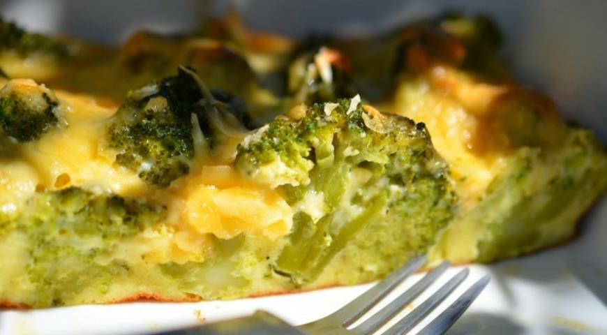 Рецепт Низкокалорийная запеканка из брокколи с курицей
