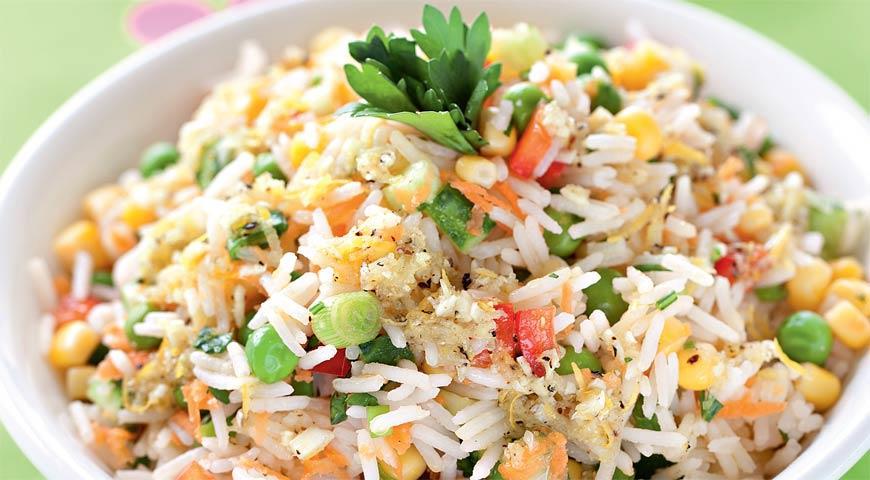 салат рецепт с чипсами и рисом