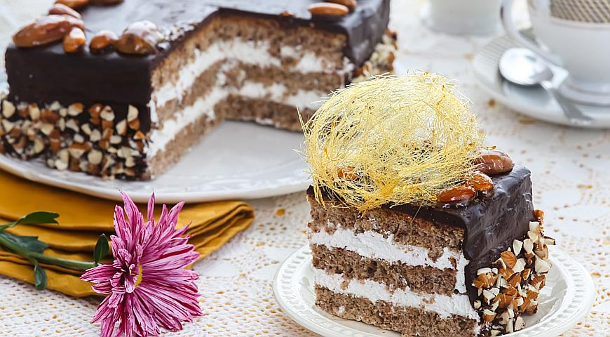 Бисквитный торт рецепт пошагово белковый крем