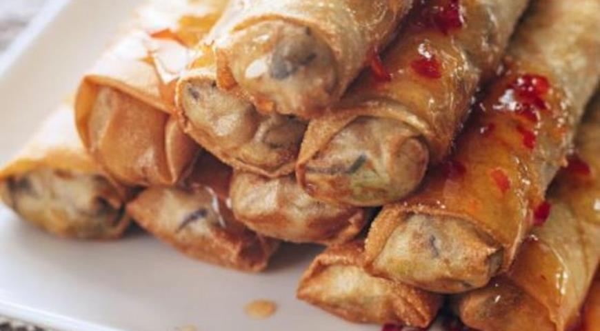 Рецепт Китайские роллы с курицей и грибами