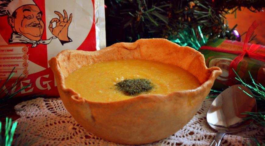 Рецепт Тыквенный суп в хлебных тарелочках