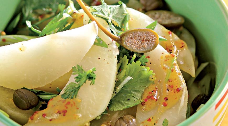 Рецепт Теплый салат из кольраби с каперсами и кинзой