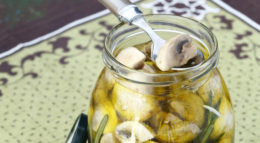 Рецепт Шампиньоны с розмарином и чесноком