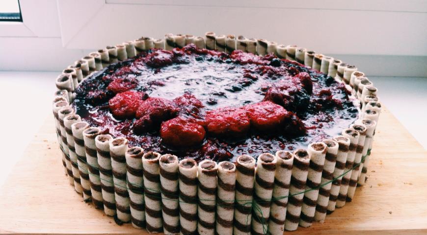 Бисквитный ягодно-творожный торт. Шаг 8