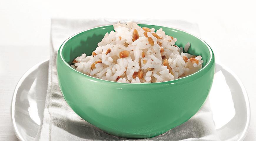 Рецепт Рис с арахисом и соусом песто